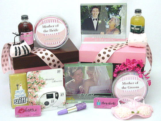 This Chick Kit for theMother of the Groom is a great idea.